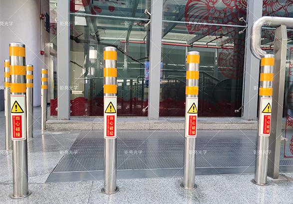 地铁站夜光指示柱-钜亮印刷型夜光粉客户案例